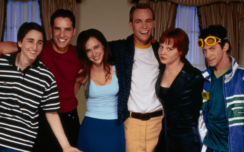 Photo of the cast of Can't Hardly Wait