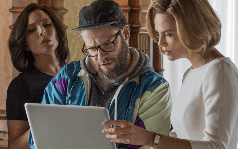 Picture of June Diane Raphael, Seth Rogan, and Charlize Theron in the film Long Shot