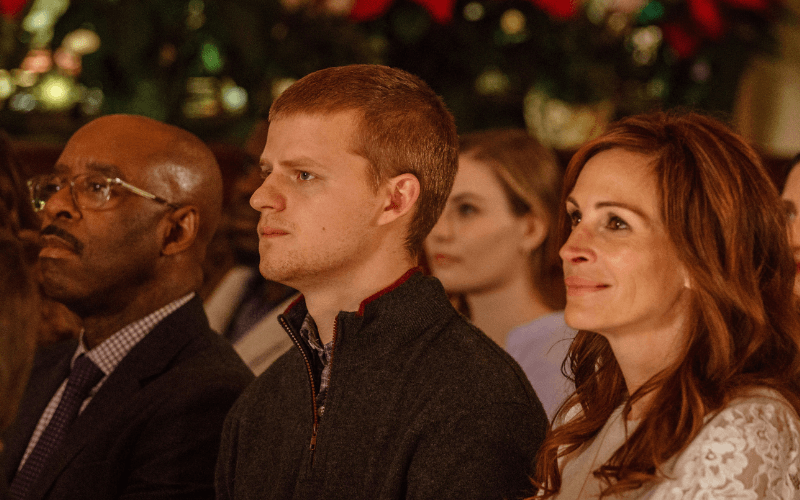 Courtney B. Vance, Lucas Hedges, and Julia Roberts in Ben Is Back.